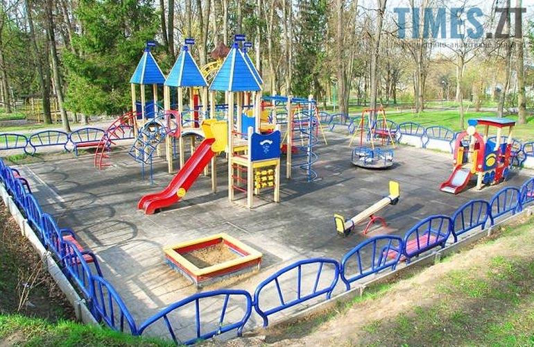 12484558 - (Благо)устрій  житомирських дитячих майданчиків