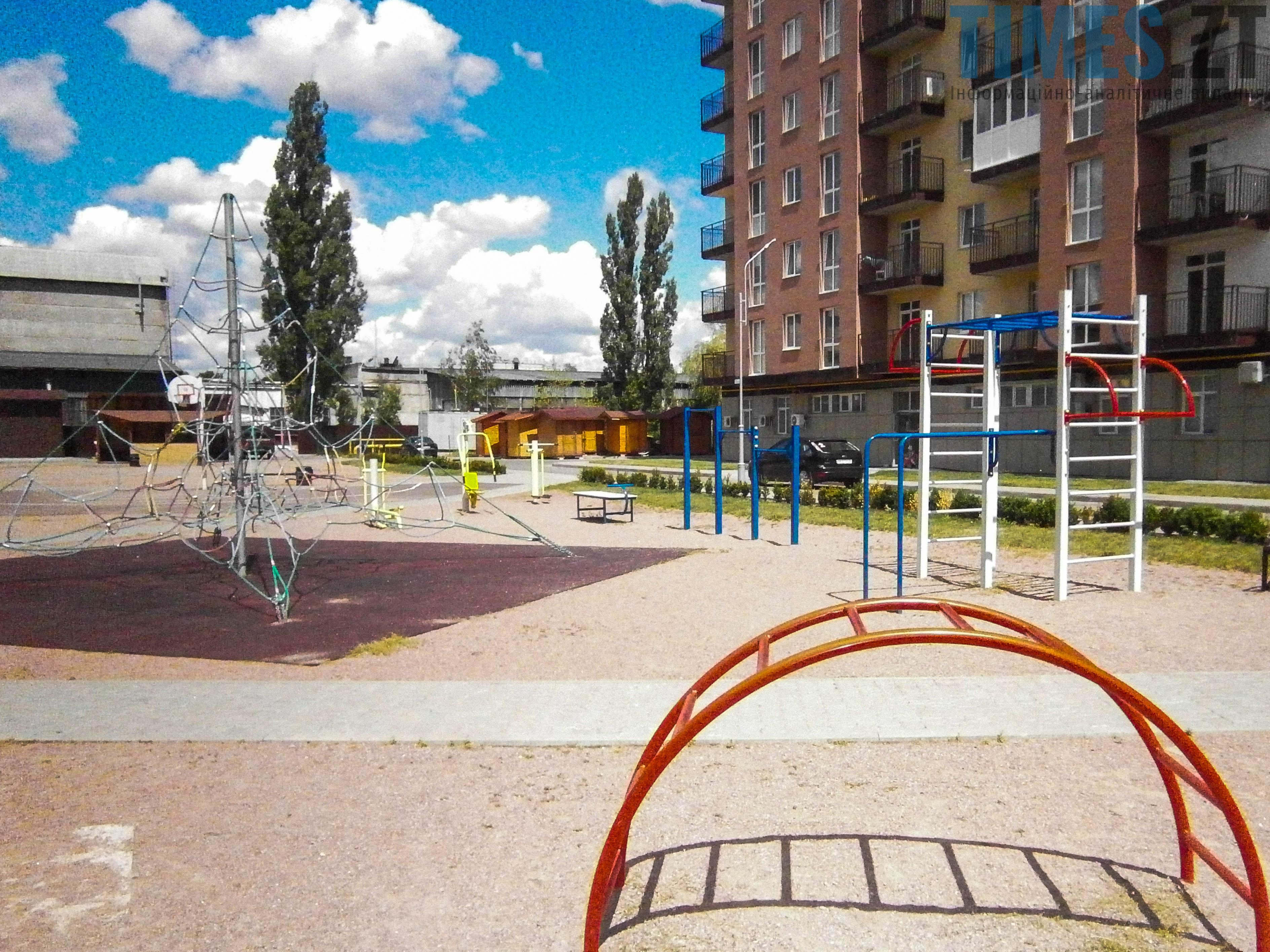 P7161621 - (Благо)устрій  житомирських дитячих майданчиків