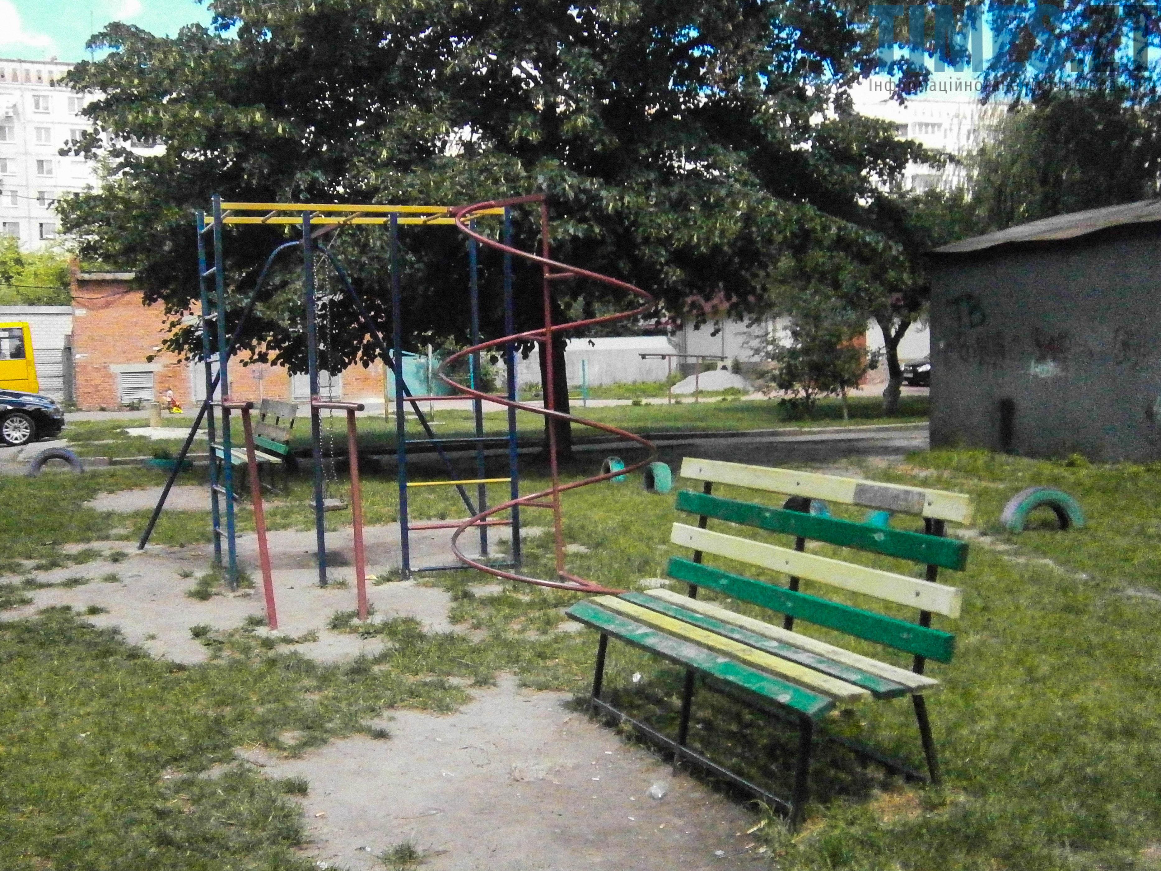 P7161630 - (Благо)устрій  житомирських дитячих майданчиків