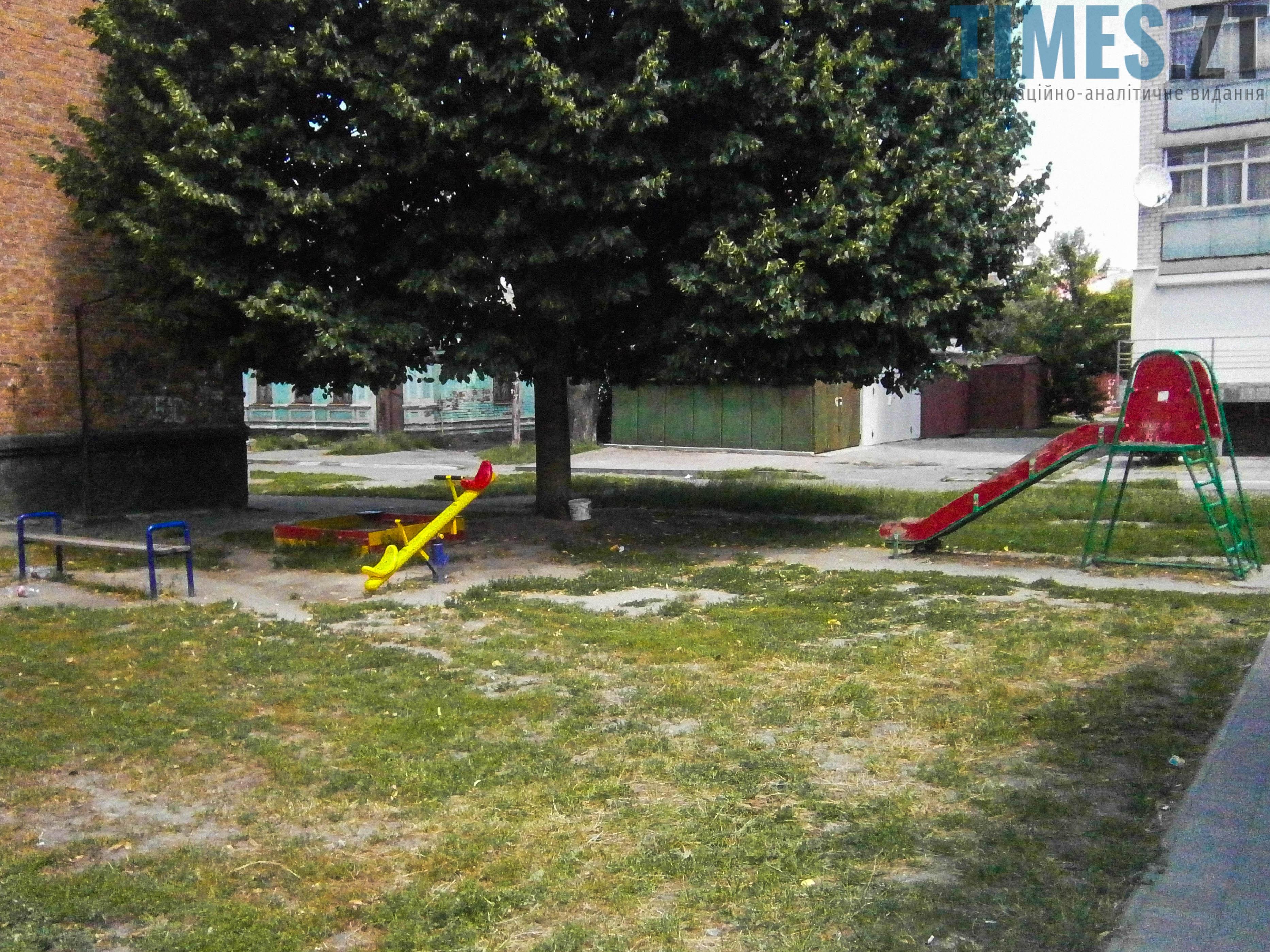 P7161633 - (Благо)устрій  житомирських дитячих майданчиків