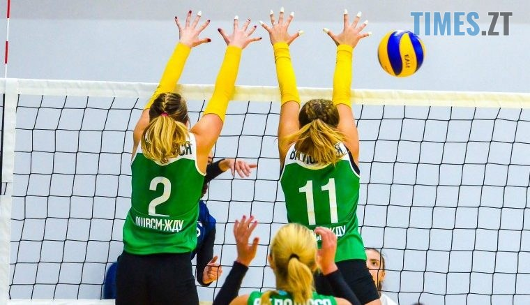 15438400375c052125878ea 760x437 - «Знай наших!» Житомирські волейболісти повернулись додому з перемогами