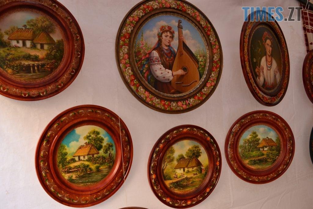 53c664da f542 4967 aad3 f21a4cb7d8be 1024x683 - Через білоруські солодощі на Михайлівській утворились «радянські» черги