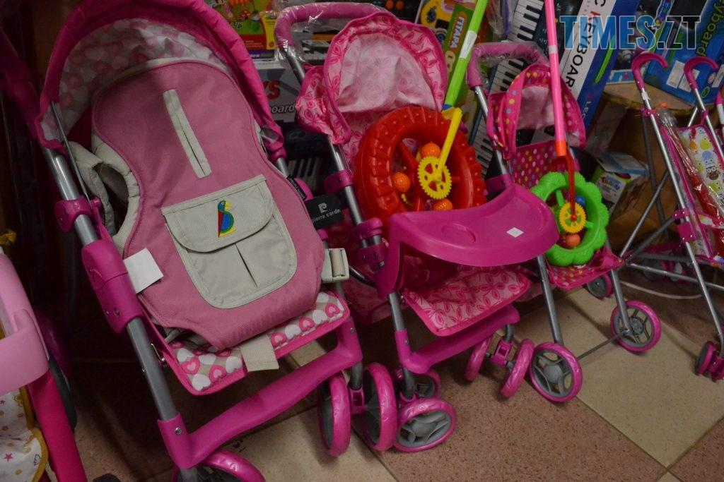 55c0c9db d651 4313 8de2 d4118f93fb45 1024x683 - Житомирські батьки не надто переймаються якістю дитячих іграшок (ОПИТУВАННЯ) (ФОТО)