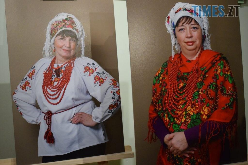 6151c841 dd70 4552 b050 08553e3bc9fc 1024x684 - У Житомирі відбулась презентація проєкту «Ми. Мами» синів, які загинули на сході України (ФОТО)