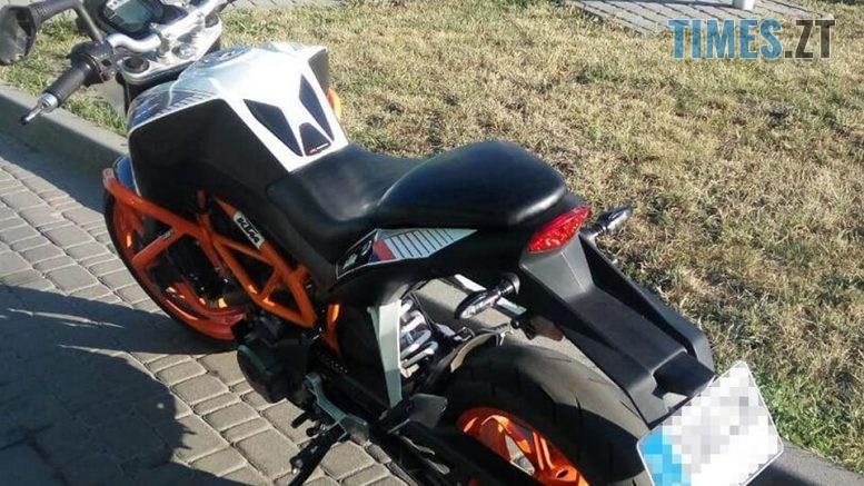 68870442 937226059947167 8869114587295776768 n 1 777x437 - В Житомирі патрульні «зловили» мотоцикл, вкрадений в Італії