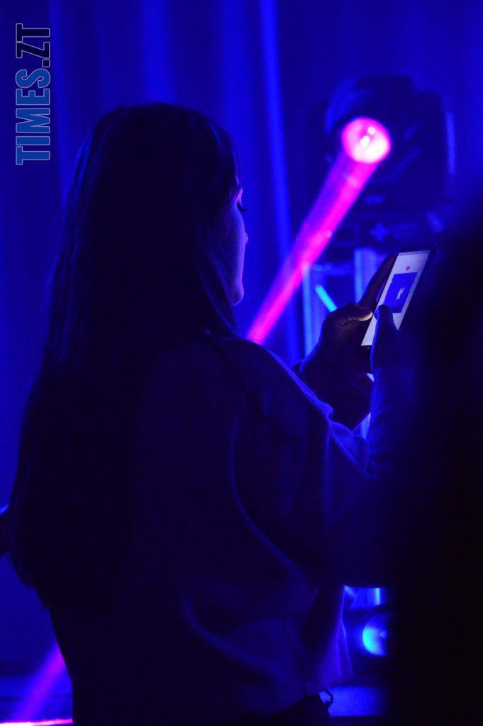 DSC 0032 11 e1573809219372 681x1024 - День студента в Житомирі: хіп-хоп виконавець Хас запалив Телецентр (ВІДЕО)
