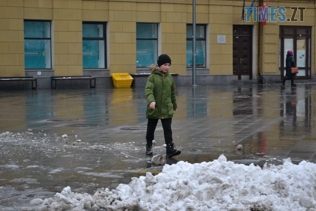 DSC 0062 4 1024x683 - У Житомир ненадовго зазирнула зима(ФОТО)