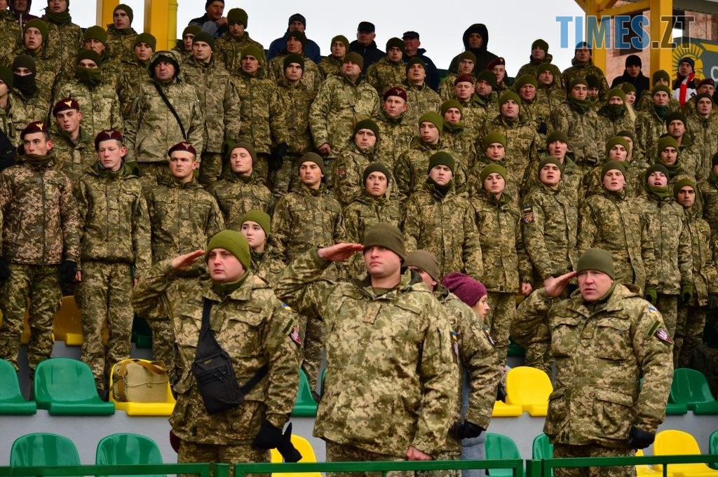 DSC 0063 4 1024x681 - Ветерани футболу провели майстер-клас для житомирських десантників (ФОТО)