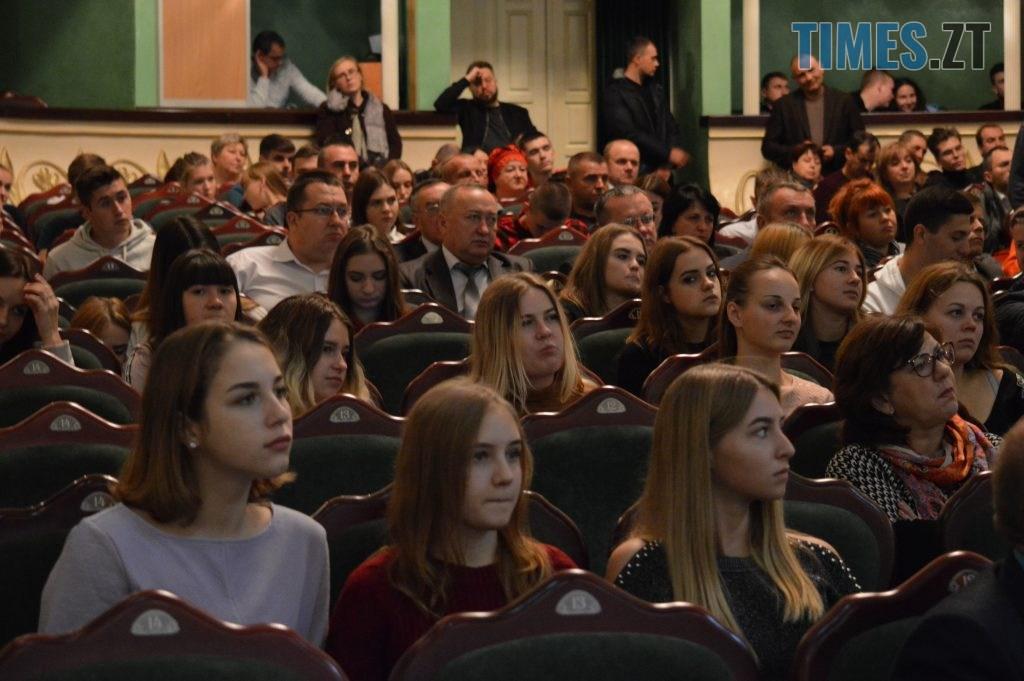 DSC 0076 2 1024x681 - У Житомирі міністр оборони України зустрівся з громадськістю аби пояснити деталі «Формули Штайнмаєра» (ВІДЕО)