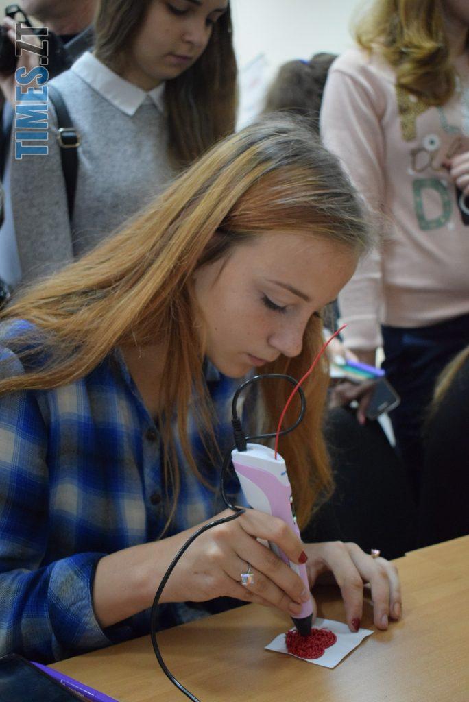DSC 0084 1 e1571392385481 684x1024 - «Дівчата також можуть!» В Житомирі відбувся перший в Україні «Robotics Festival for Girls» (ФОТО)