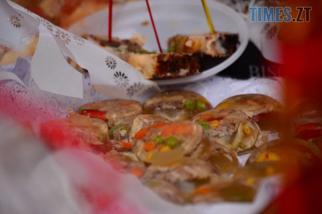 DSC 0094 5 1024x681 - Святкування Водохреща у Житомирі: купання, розваги та смачна їжа (ФОТО)
