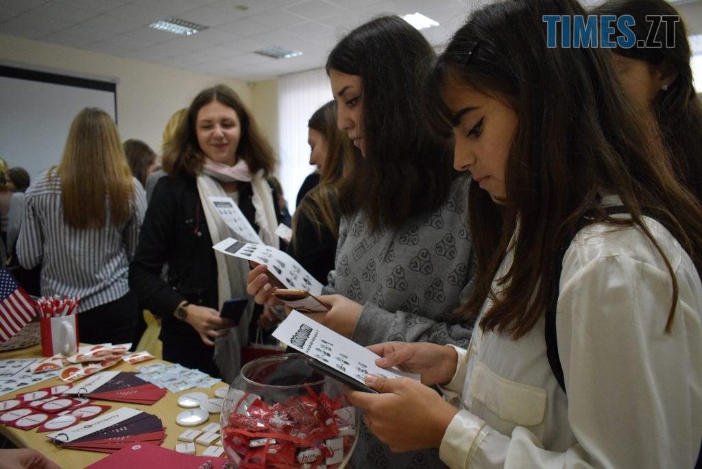 DSC 0096 1 1024x684 - «Дівчата також можуть!» В Житомирі відбувся перший в Україні «Robotics Festival for Girls» (ФОТО)