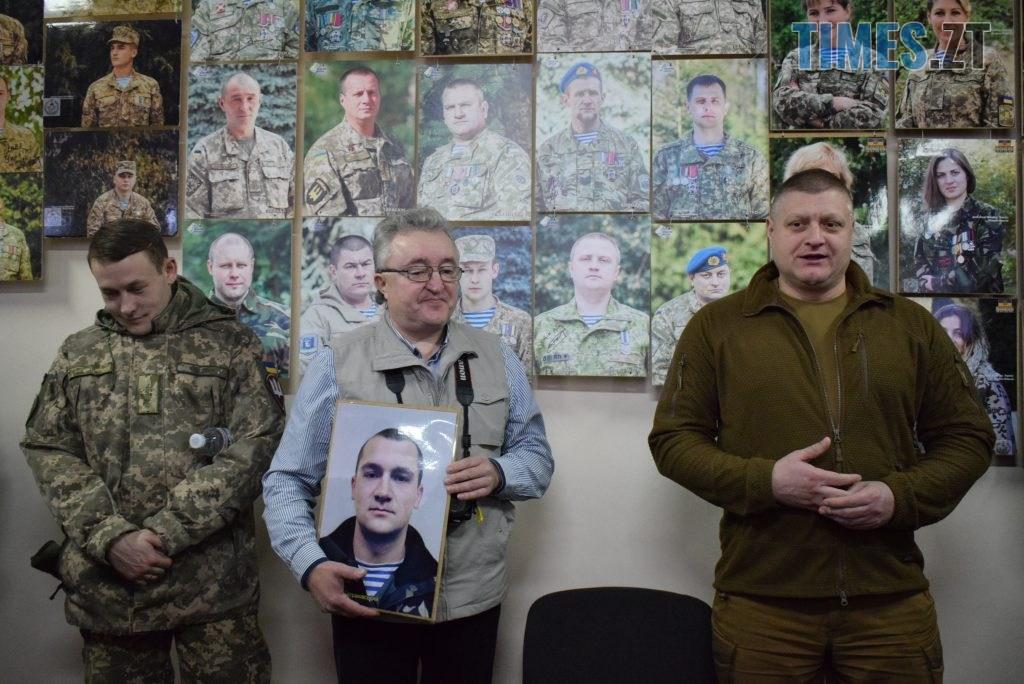 DSC 0135 4 1024x684 - «Погляд АТО: 1000 облич» — в Житомирській ОДА відкрилась фотовиставка, присвячена захисникам України (ФОТО)