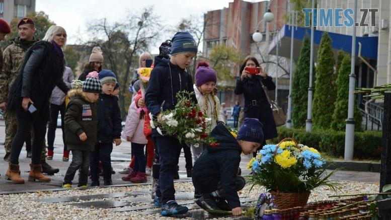 DSC 0160 1 777x437 - Герої не вмирають! Житомиряни долучилися до відзначення Дня захисника України (ФОТО)
