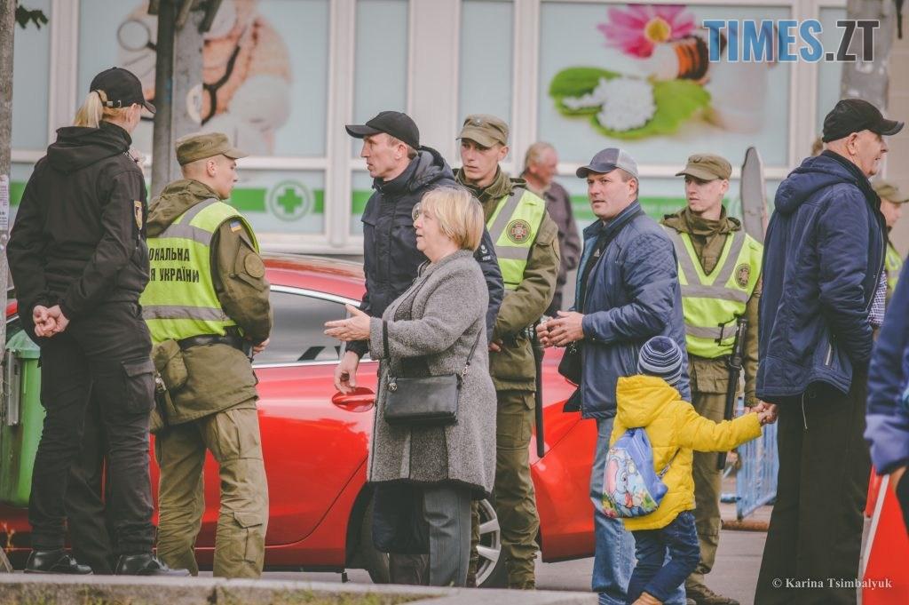 DSC 0230 1024x681 - Через президентів України та Білорусі житомиряни опинились в транспортно-пішохідному колапсі (ФОТО)