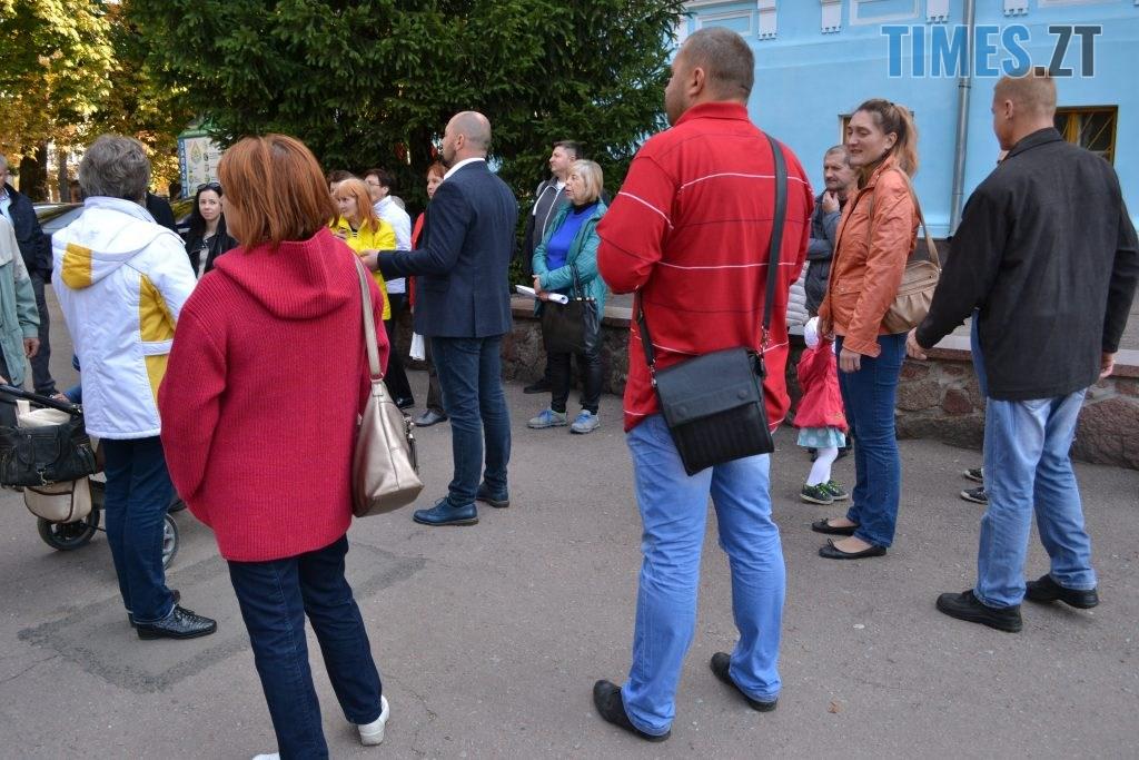 DSC 0456 1 1024x683 - Житомиряни влаштували акцію протесту проти будівництва АЗС під час міжнародного Форуму України та Білорусі (ФОТО)