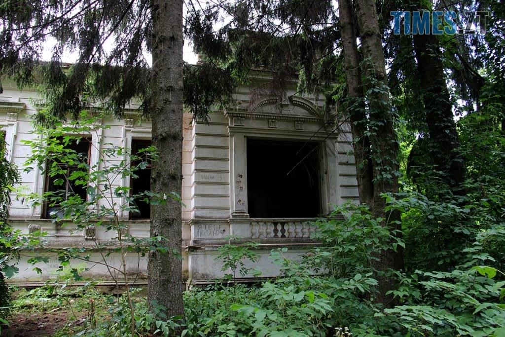 IMG 6009 1024x683 - Проект ESCAPE: Величний палац Корницьких в с.Рогачі Житомирської області (ВІДЕО)