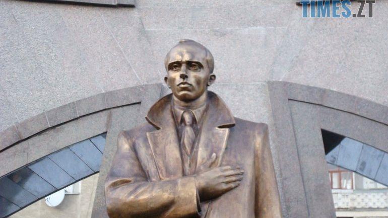 cropped 03923689 - УЖитомирській міськраді вагаються щодо встановлення пам'ятника Степану Бандері