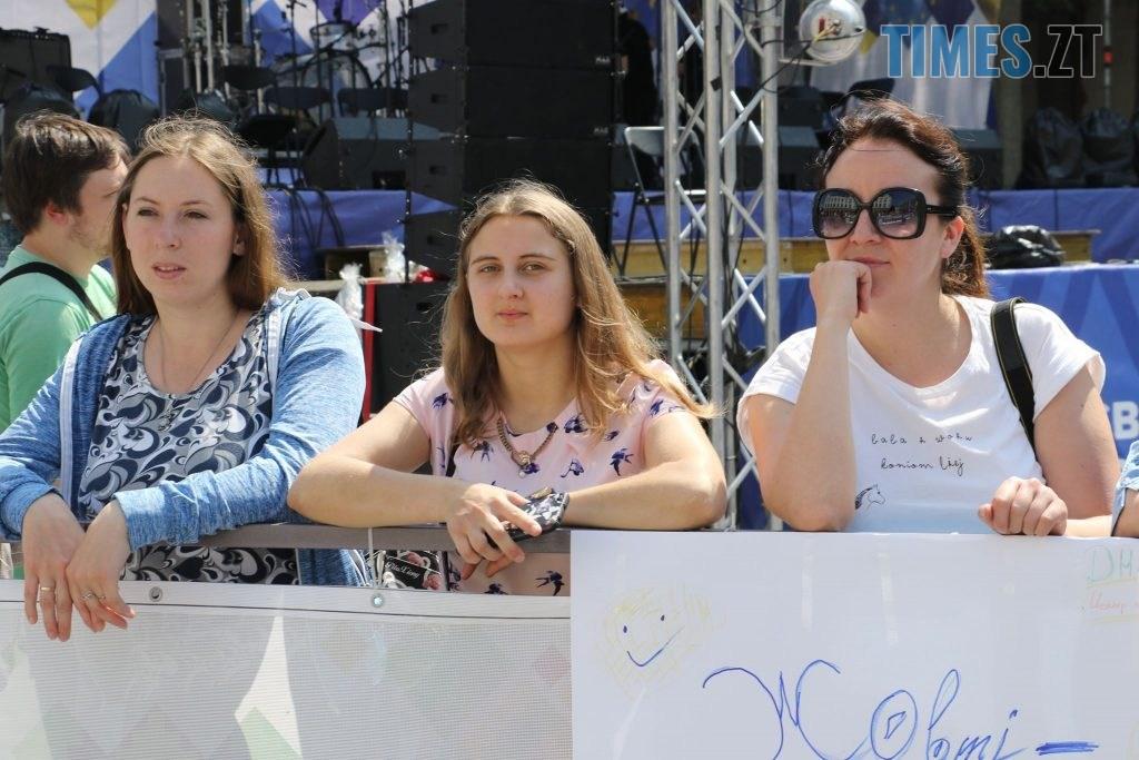 img1558176453 2 1024x683 - «SALAD JUNIOR FEST» — в Житомирі на Михайлівській змагаються юні кухарі (ФОТО)