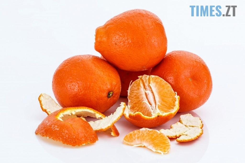 tangelo citrus fruit 1024x683 - Корисний чи небезпечний новорічний символ: скільки мандарин купують житомиряни та чи не шкодить це здоров'ю (ОПИТУВАННЯ)