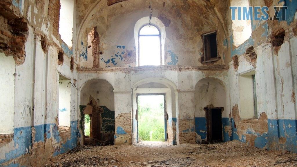 topory 01 1024x576 - Проект ESCAPE: Будівля костелу, яку вже не відновити