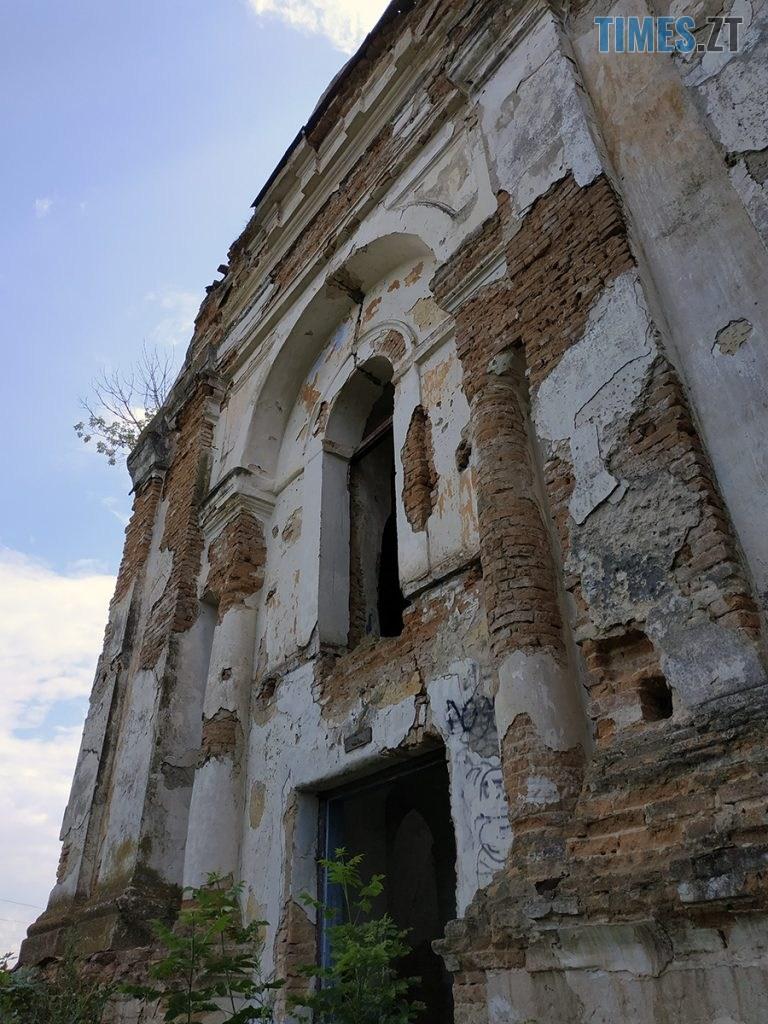 topory 07 768x1024 - Проект ESCAPE: Будівля костелу, яку вже не відновити