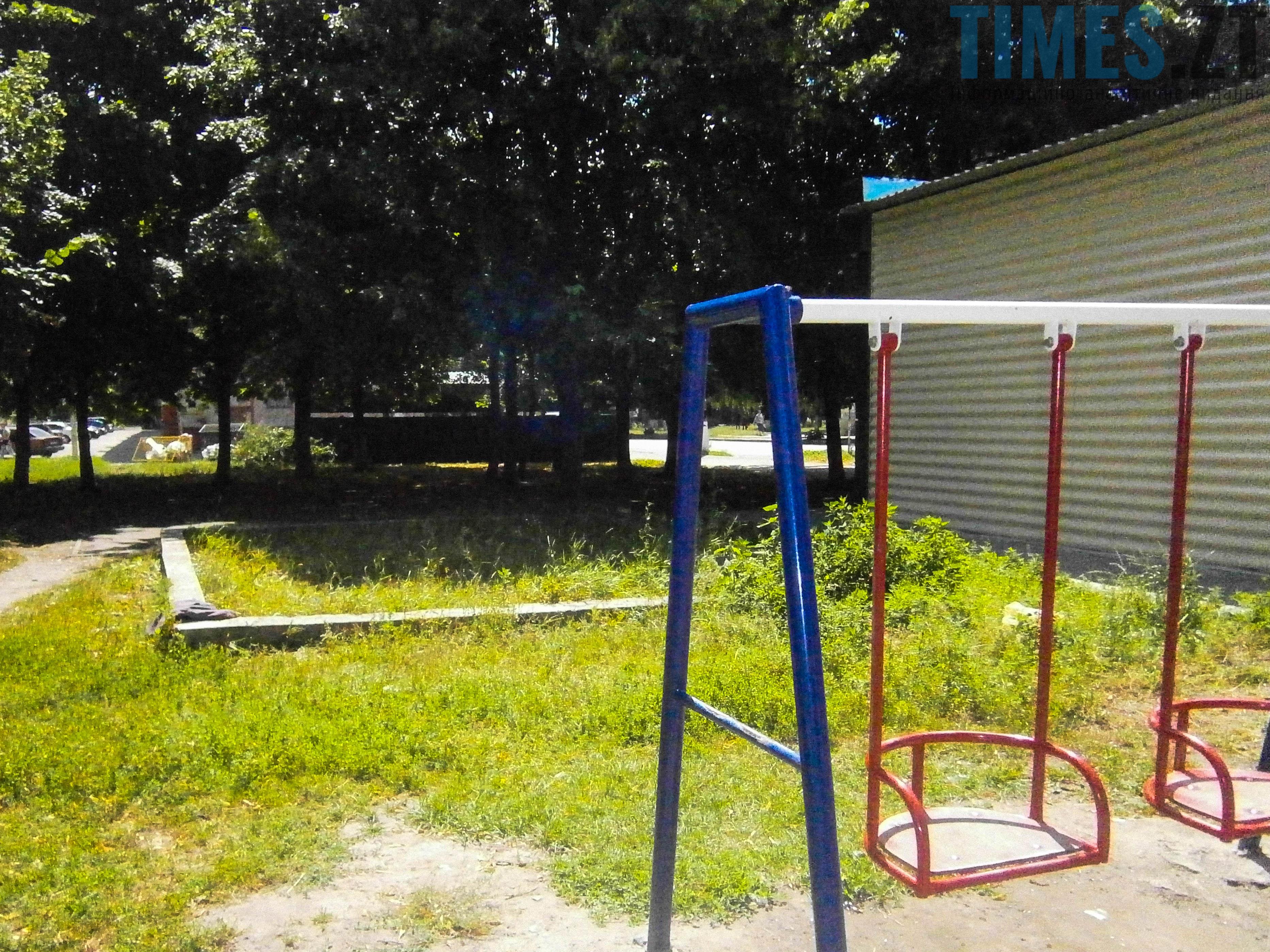 P7161635 - (Благо)устрій  житомирських дитячих майданчиків