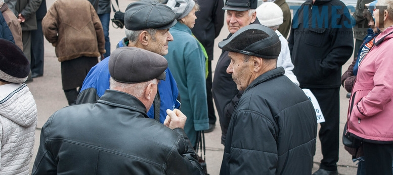 7 - Фоторепортаж: Сторіччя Великої  жовтневої соціалістичної революції у Житомирі. Без коментарів