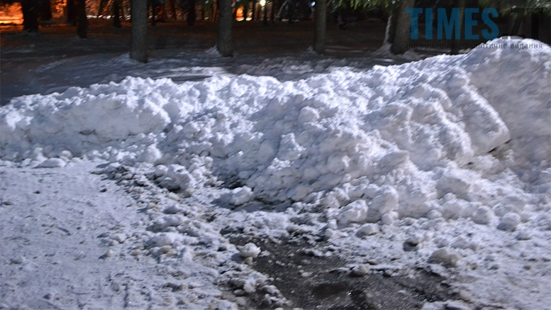 """photo 4 1 - Куди """"сховалася"""" снігоприбиральна техніка у Житомирі?"""