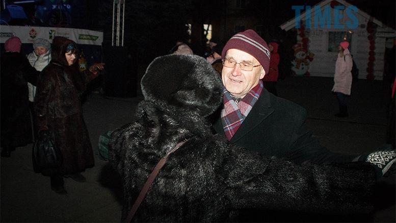 15 1 - На фестивалі Різдвяного Джазу у Житомирі танцювали на морозі