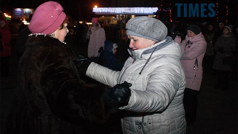 16 - На фестивалі Різдвяного Джазу у Житомирі танцювали на морозі