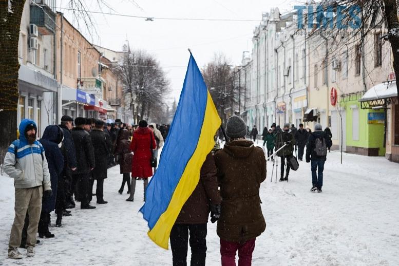 DSC 0720 edited - Житомиряни зібралися на Михайлівській і взялися за руки. Вгадайте, чому?