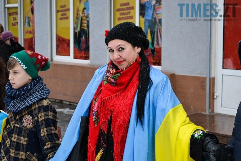 DSC 0722 edited - Житомиряни зібралися на Михайлівській і взялися за руки. Вгадайте, чому?