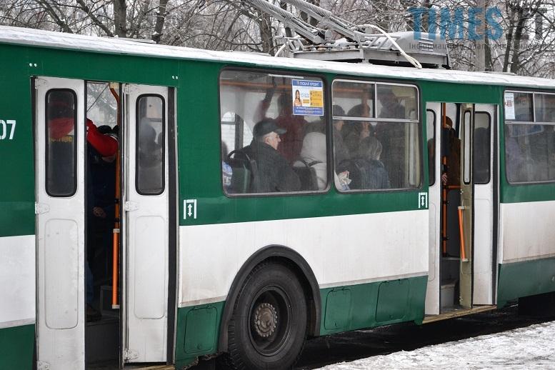 DSC 1227 edited - Житомирські пенсіонери судяться, бо хочуть їздити безплатно вранці і ввечері
