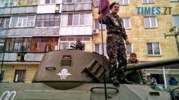7 260x146 - Новим бульваром Житомира проїхала самохідна гармата «Нона-СВК» (фото, відео)