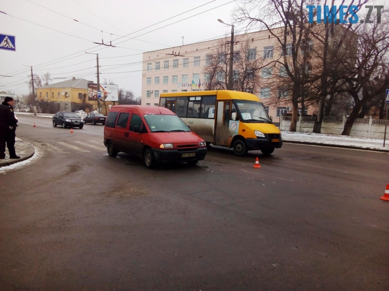 1 1 - Фантасмагорія: знову ДТП в районі пр. Миру, і знову постраждала жінка 45 років…
