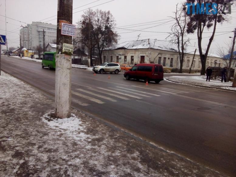 3 3 - Фантасмагорія: знову ДТП в районі пр. Миру, і знову постраждала жінка 45 років…