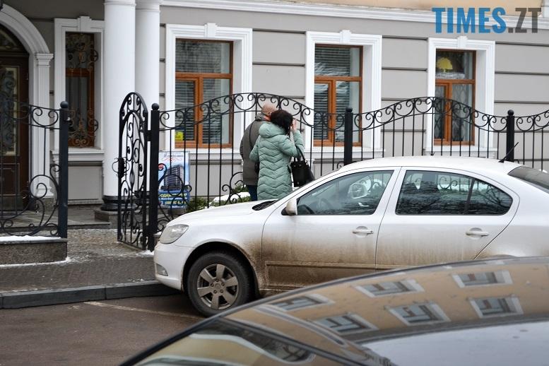 4 12 - Шлюб за добу = масове вивезення житомирянок за кордон (фото)