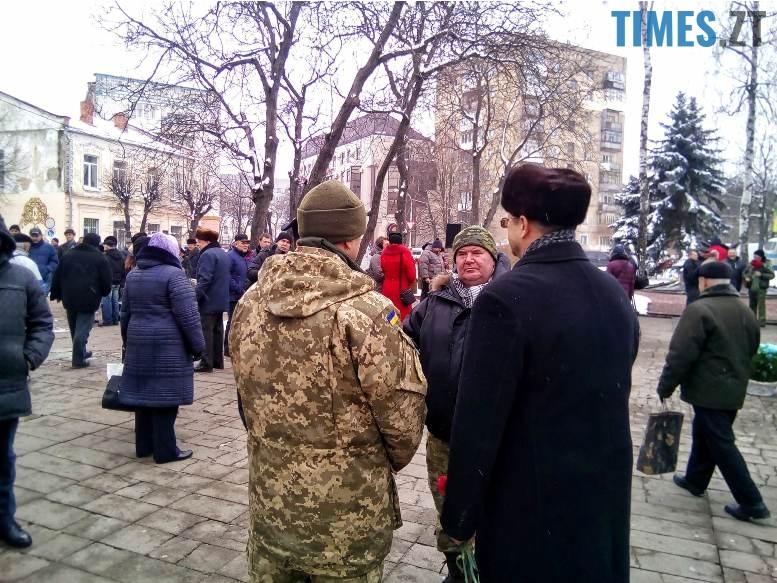 6 6 - Новим бульваром Житомира проїхала самохідна гармата «Нона-СВК» (фото, відео)
