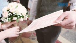 4 2 260x146 - На День Св. Валентина у Житомирі одружилися дуже дивні пари (відео)