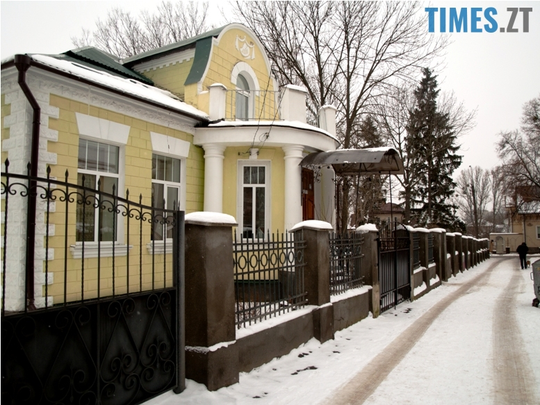 foto 10 - Згадати все: назвіть вулиці, на яких стоять ці старі будівлі!