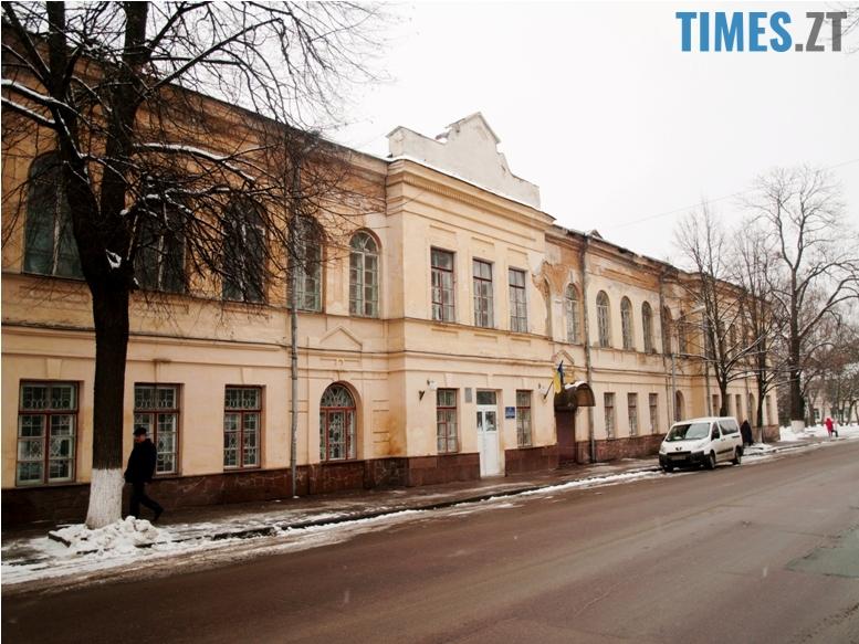 foto 11 - Згадати все: назвіть вулиці, на яких стоять ці старі будівлі!