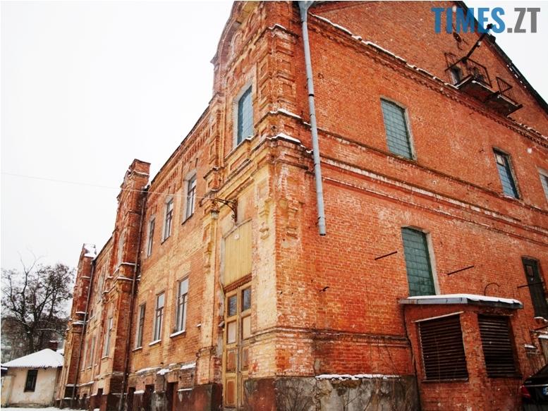 foto 14 - Згадати все: назвіть вулиці, на яких стоять ці старі будівлі!