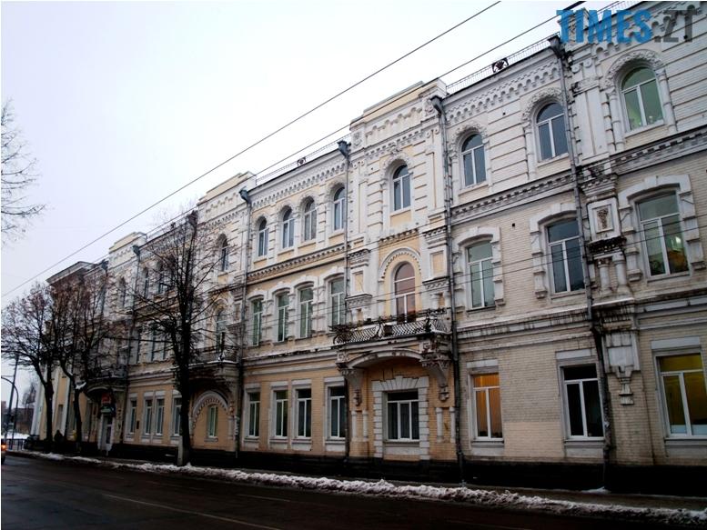 foto 16 - Згадати все: назвіть вулиці, на яких стоять ці старі будівлі!