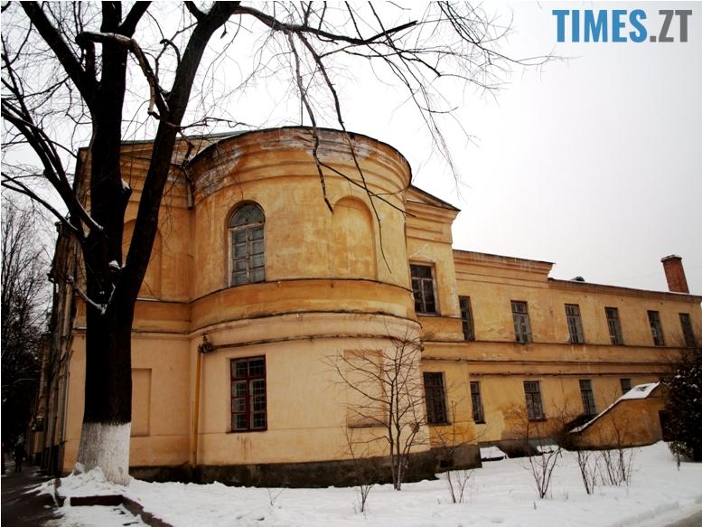 foto 3 - Згадати все: назвіть вулиці, на яких стоять ці старі будівлі!