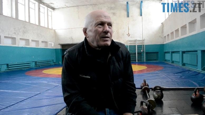 1 2 - Діаманти у попелі: як Григорій Боєв вирощує борців-чемпіонів у Житомирі (відео)