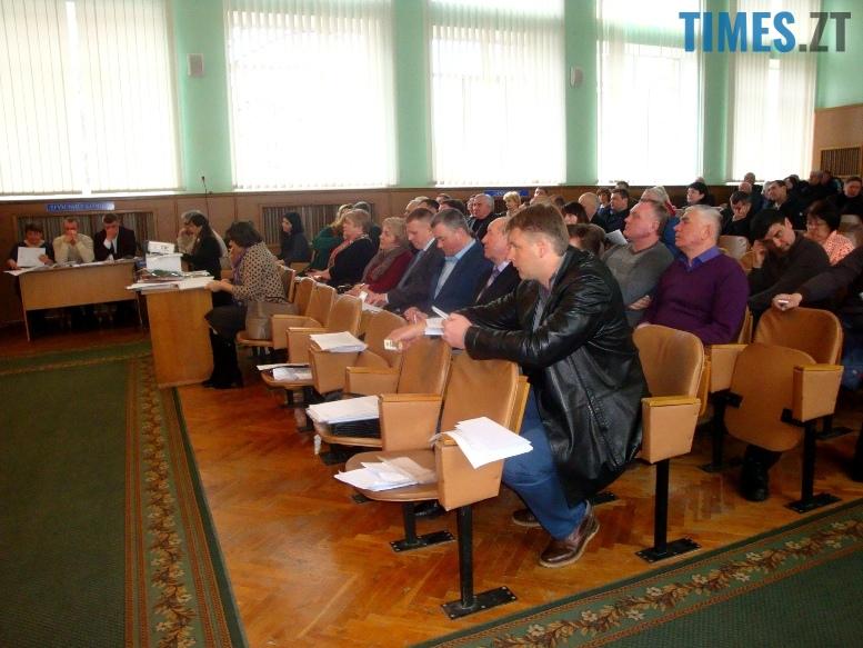 2 13 - Як Житомирська районна рада відправляла у відставку Порошенка
