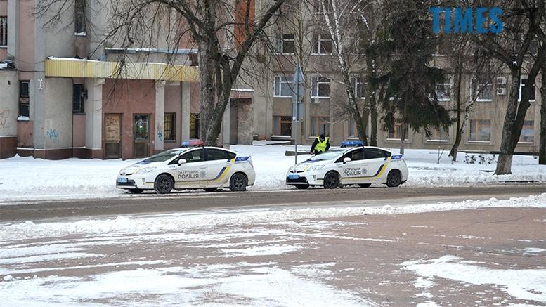 18 - «Путін – злочинець! Порошенку – імпічмент!» Мітинг у Житомирі
