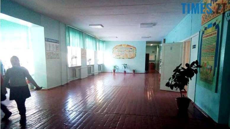 28946344 2516800135212315 208677766 o - Ви будете сміятися, але… у школах Житомира знову канікули (відео, фото)