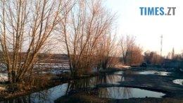 2 260x146 - «Дорога смерті» з ямами-басейнами у Коростишівському районі